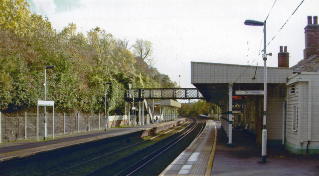 Upper Warlingham station, 2004