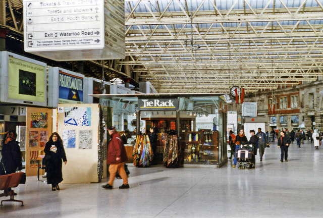 Waterloo station concourse, 1997