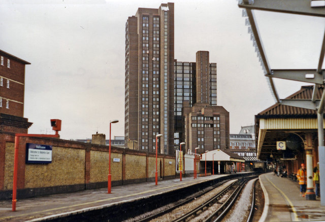 Waterloo East, towards Charing Cross on Local line, 1997