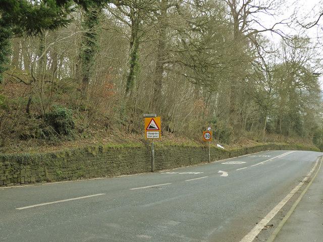 Steep hill warning, Harden Road, Bingley