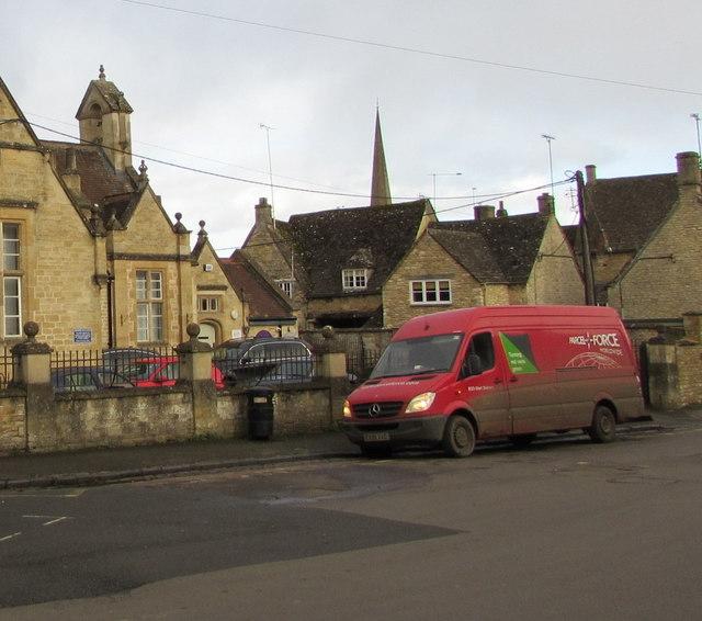Parcelforce Worldwide van, Priory Lane, Burford