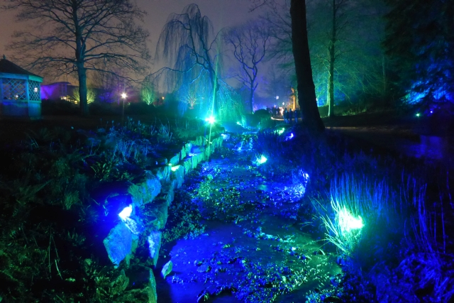 Illuminated stream