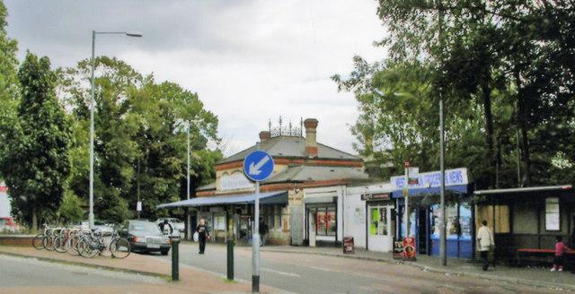 West  Drayton station, exterior 2010
