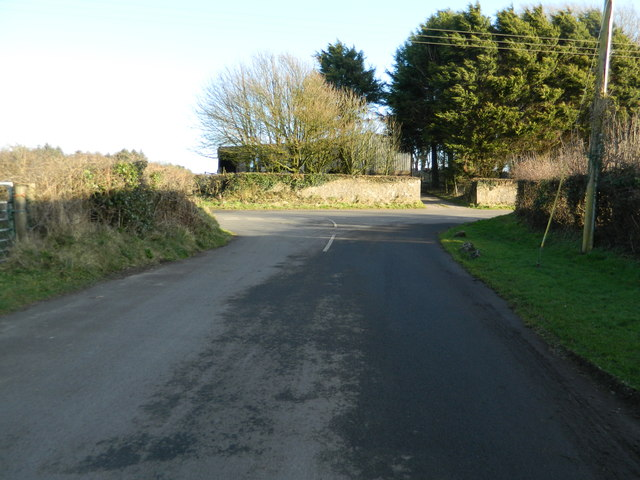 Road junction near Newforest House Farm