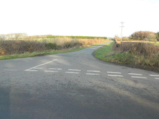 Road junction north of Newforest House Farm