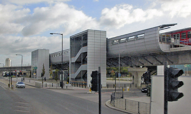 West Silvertown DLR station, 2009