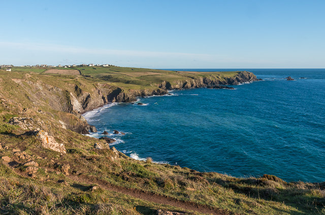 Towards Lizard Point © Ian Capper :: Geograph Britain and Ireland