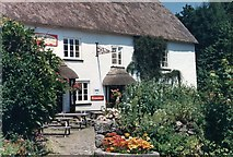 SX7881 : The Cleave, Lustleigh by Richard Sutcliffe