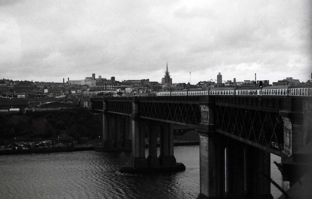The King Edward VII Bridge over the River Tyne