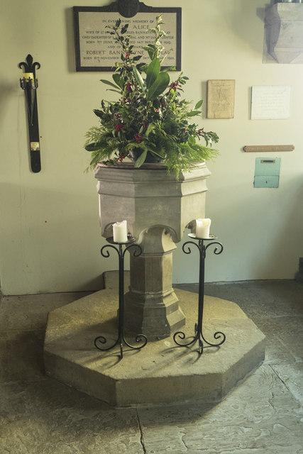 St Stephen, Aldwark - Font