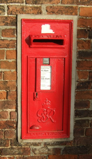 George VI postbox, Brantingham