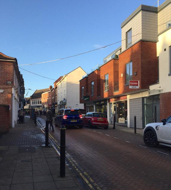 North on Swan Street, Warwick