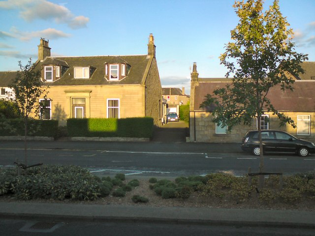 Houses on Glasgow Road