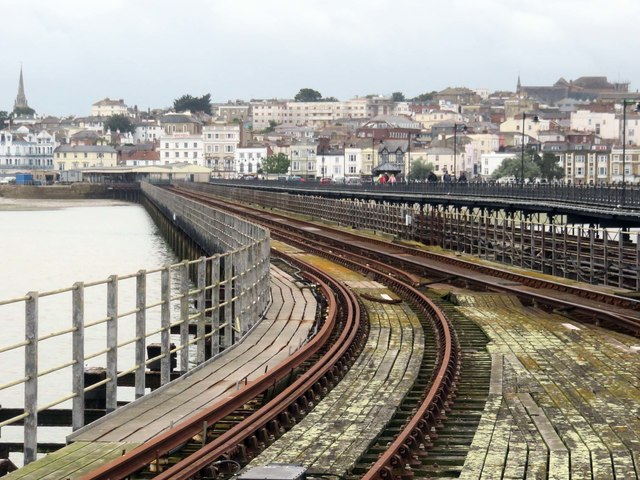 Railway line on Ryde Pier