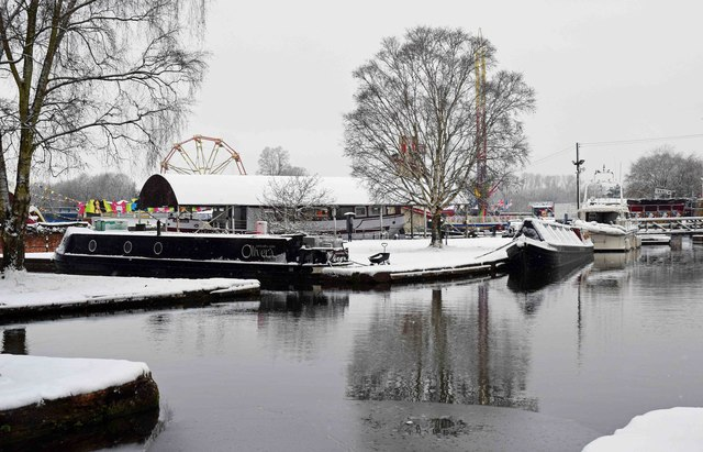 The Lower Basin in winter, Stourport-on-Severn