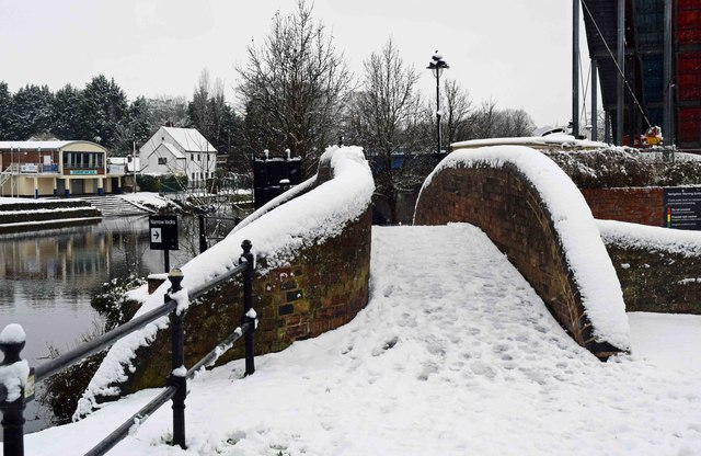 Canal bridge in winter, Stourport-on-Severn
