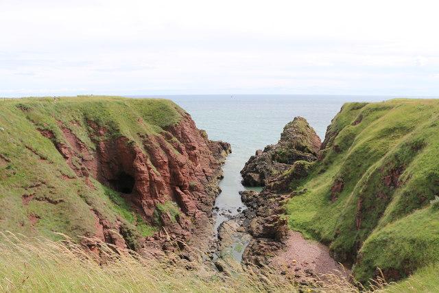 Dickmont's Den, Seaton Cliffs, Arbroath