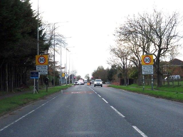 Garstang Road entering Poulton-Le-Fylde