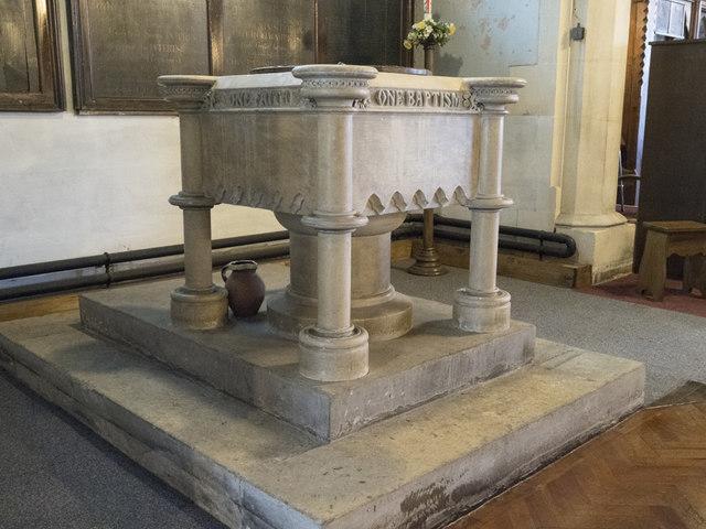St Nicholas, St Nicholas Way, Sutton - Font