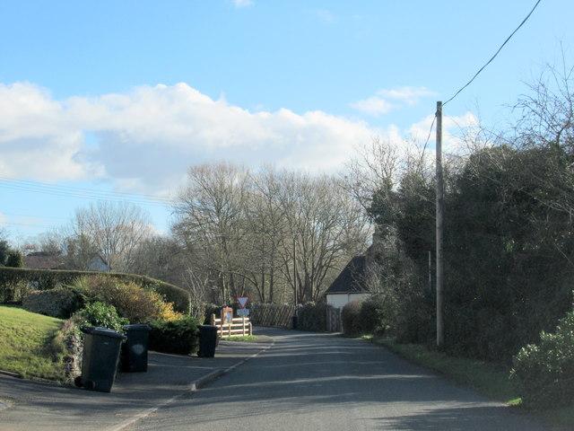 Swan Lane Approaching A38 Upton Warren
