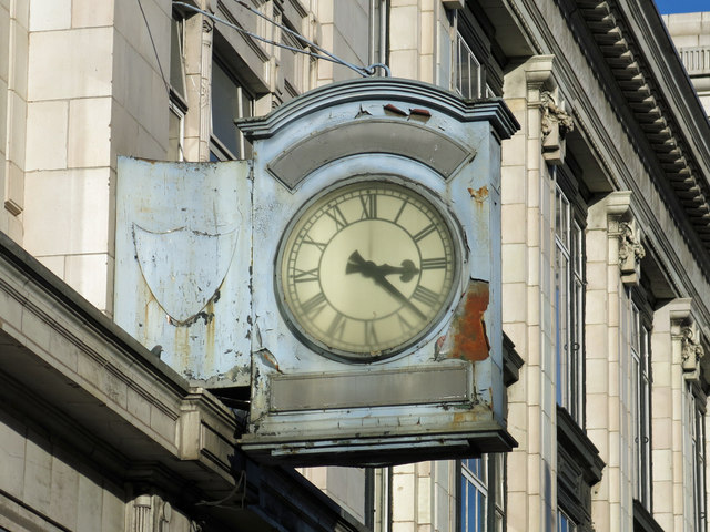Clock, Brixton Road, SW9