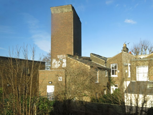 Victoria Line ventilation shaft, Pulross Road, SW9 (6)