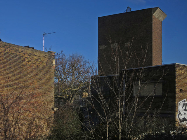 Victoria Line ventilation shaft, Pulross Road, SW9 (8)