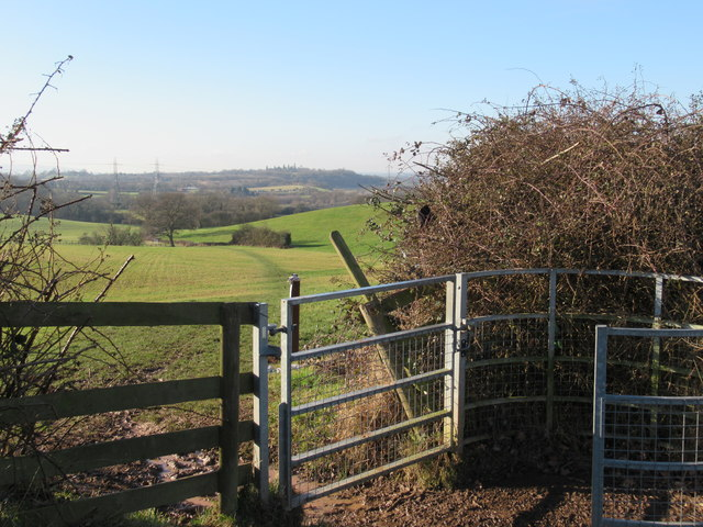 Footpath Joining Monarch's Way Near Doebank House