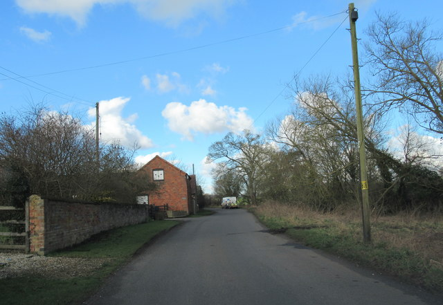 Cur Lane Near Swallows Barn