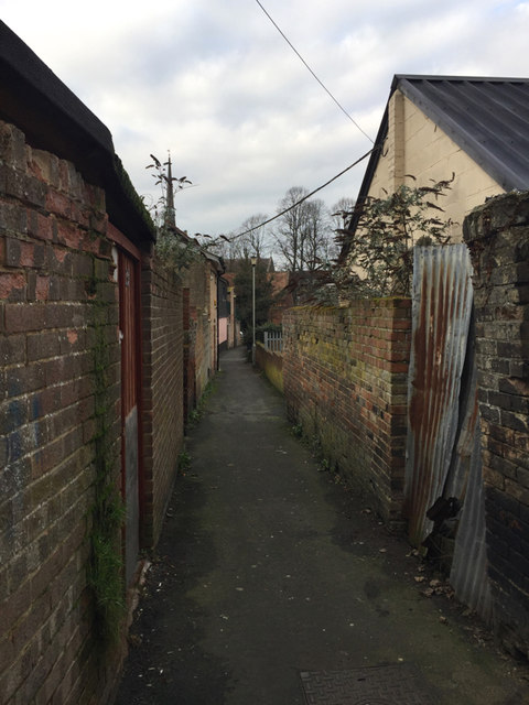 Path to the rear of the east side of Ipswich Street, Stowmarket