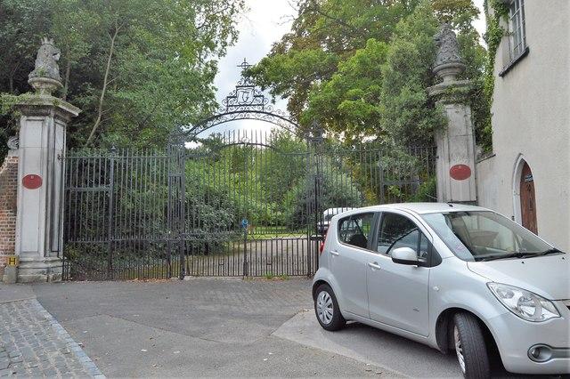 Gates to Carshalton House
