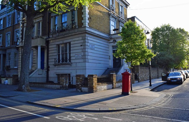 Corner of Ladbroke Grove & Oxford Gardens, Kensington, London
