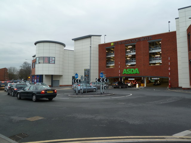 Entrance to the Asda car park - Worcester