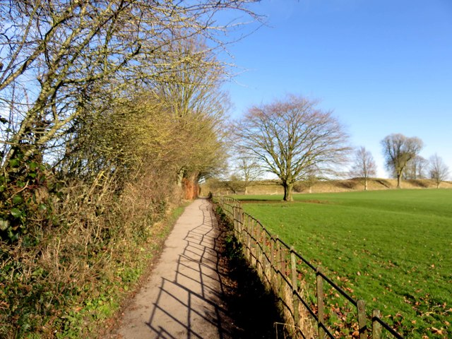 Footpath from the car park to the village