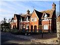 SU1069 : Houses on High Street by Steve Daniels
