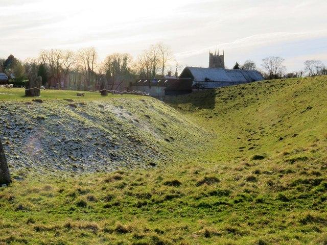 Ditch and bank at Avebury