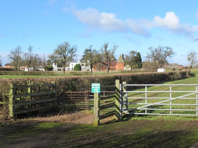 Whittington Village From Public Footpath (2)