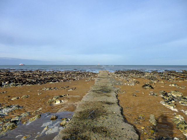 Outfall off Foreness Point