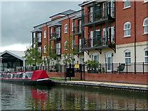 SO8453 : Canalside apartments in Worcester by Roger  Kidd