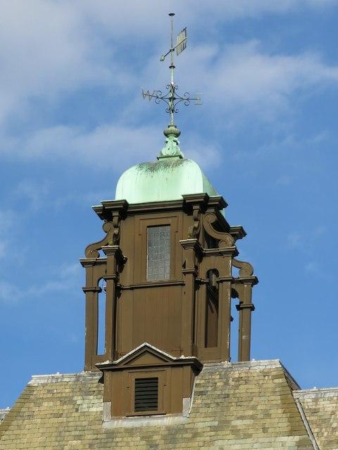 Royal Victoria Infirmary Administration Block - cupola