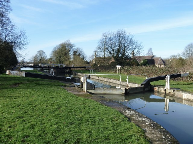 Caen Hill Locks [1]