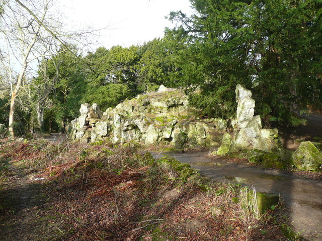 Rocky viewing mound, Elvaston Castle Country Park