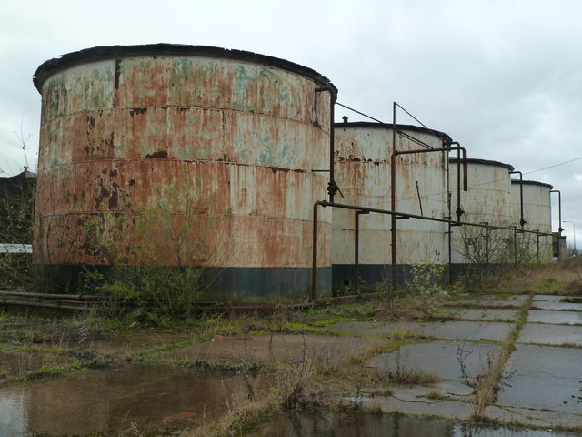 Derelict tank farm BOCM Pauls, Barlby