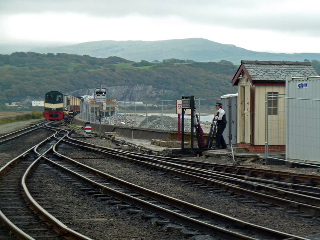 Operating the ground frame Porthmadog Harbour Station