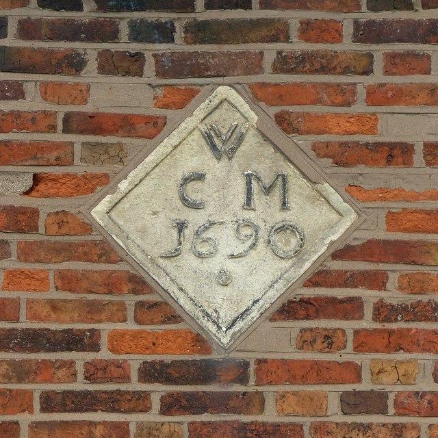 Datestone, Yeoman House, 16 The Green, Aston-on-Trent
