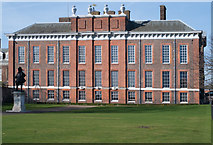 TQ2579 : Kensington Palace : south elevation by Julian Osley