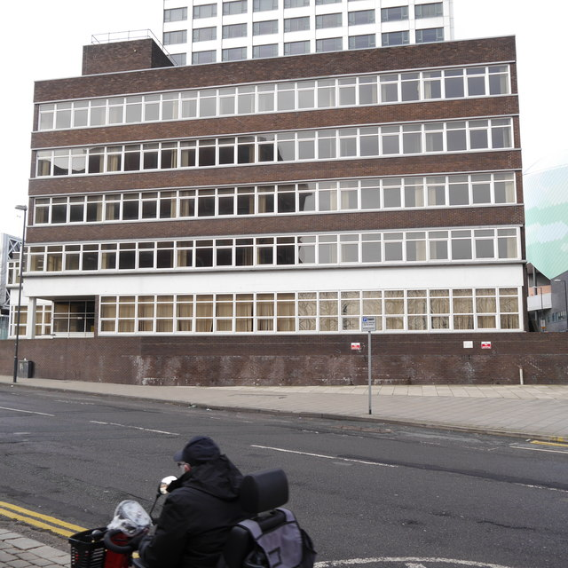 Hume House, Lovell Park Road, Leeds (2)