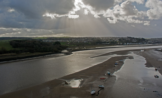 Rays of sun bathing East The Water and The River Torridge