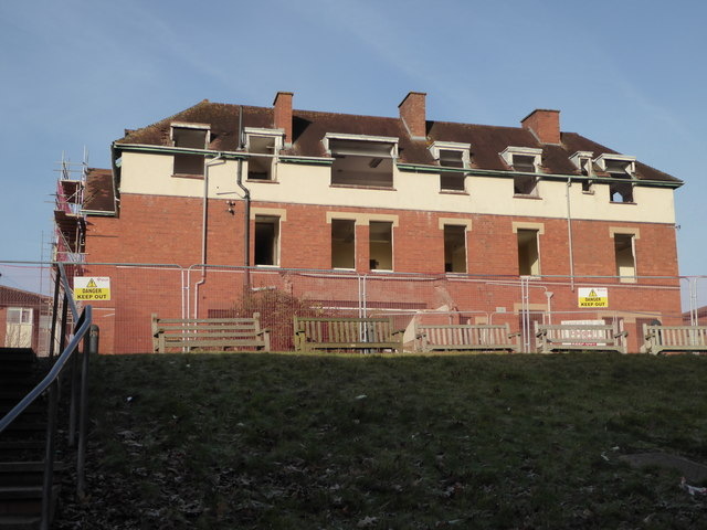 Worcestershire Royal Hospital - demolition