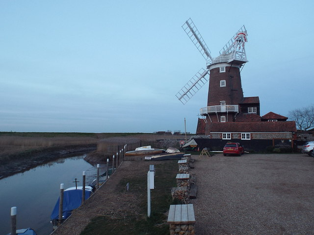 Cley windmill at dusk